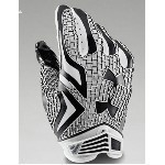 UNDER ARMOUR SWARM GLOVES Thumbnail